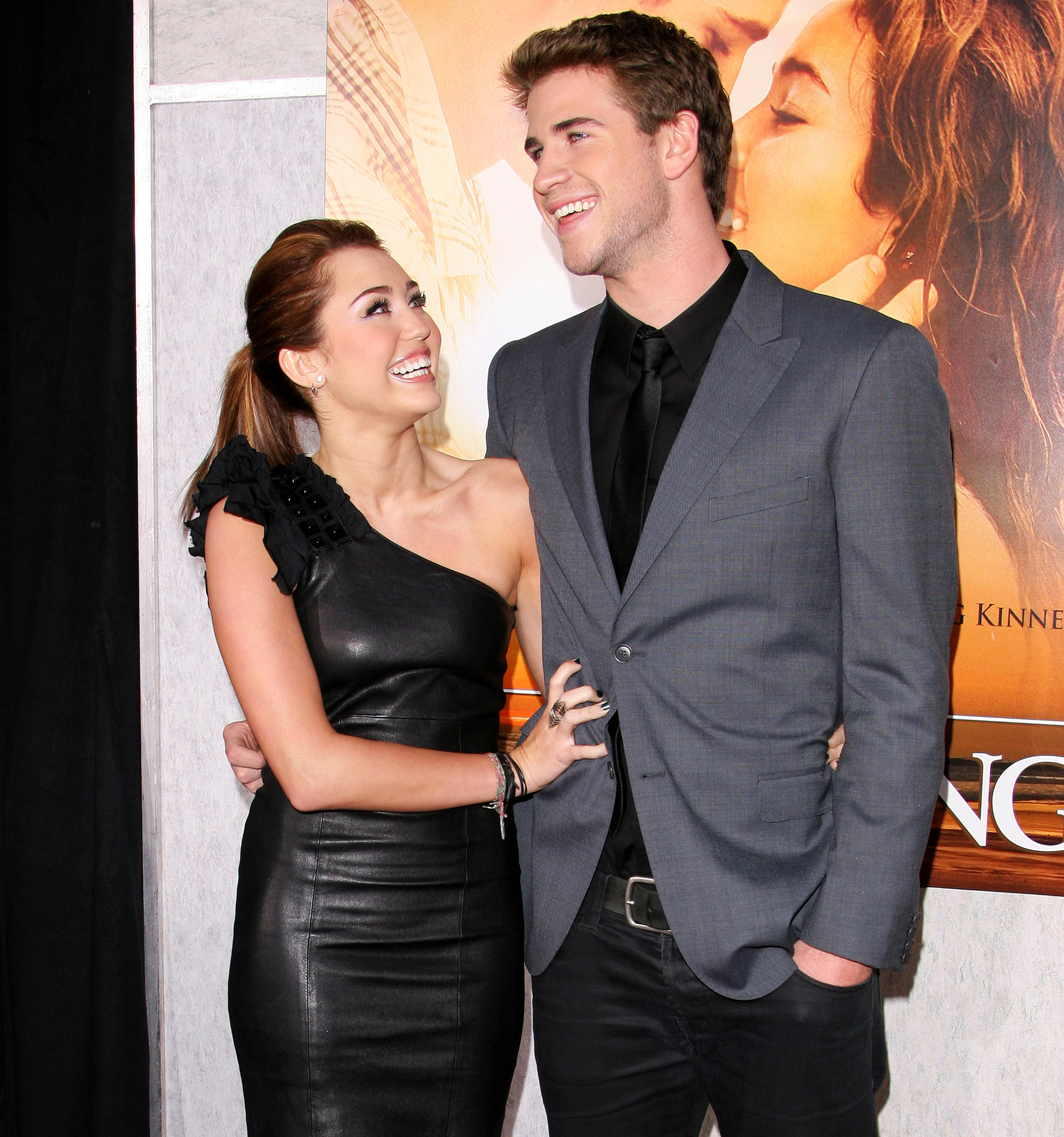 Miley Cyrus Sex Porn - Miley Cyrus Had Sex With Liam Hemsworth for First Time at Age 16