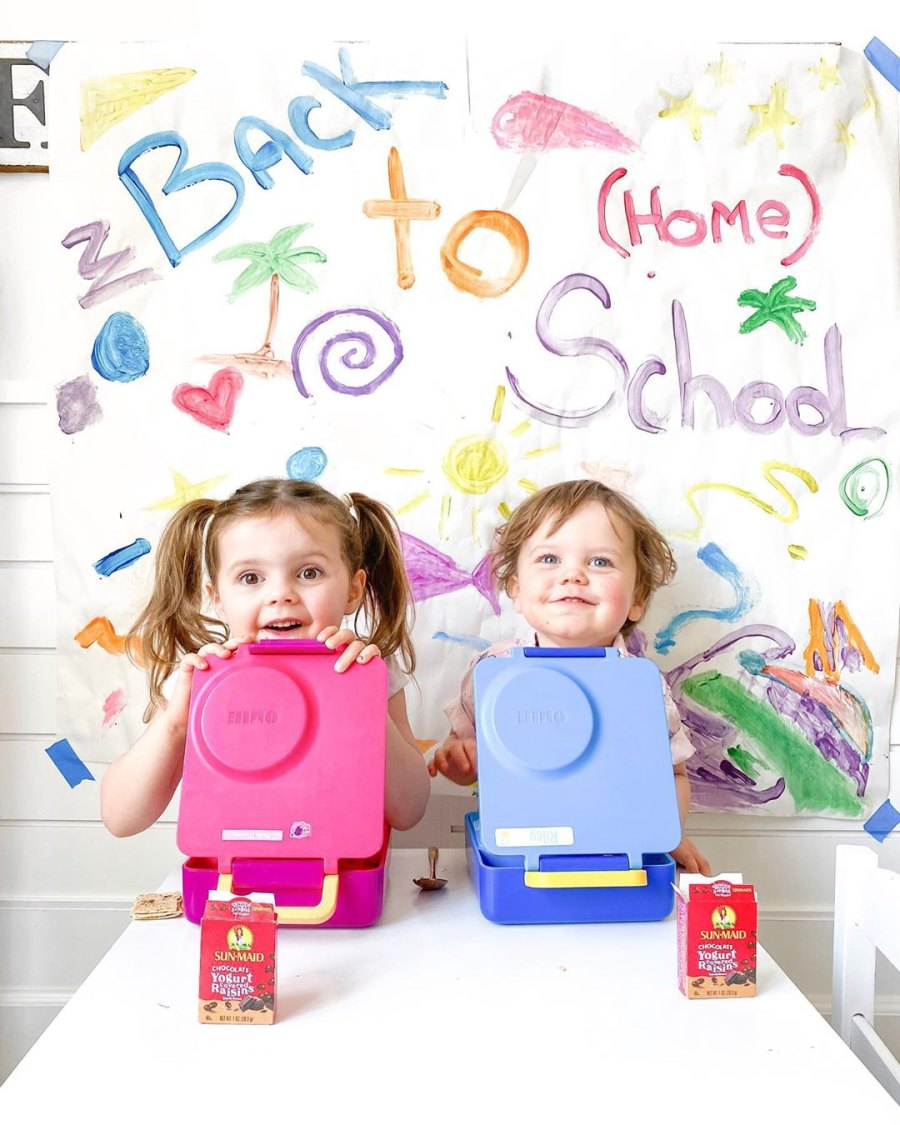 Molly and Riley Manno back to school