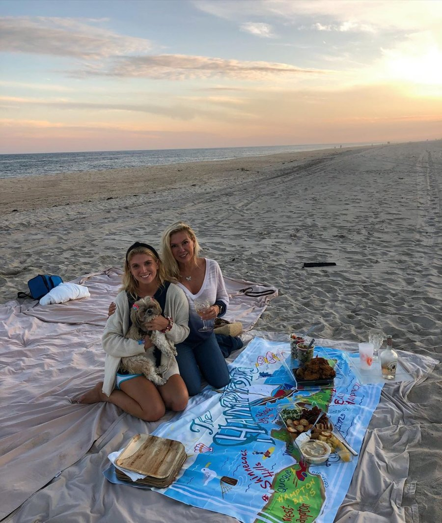 Ramona Singer picnic