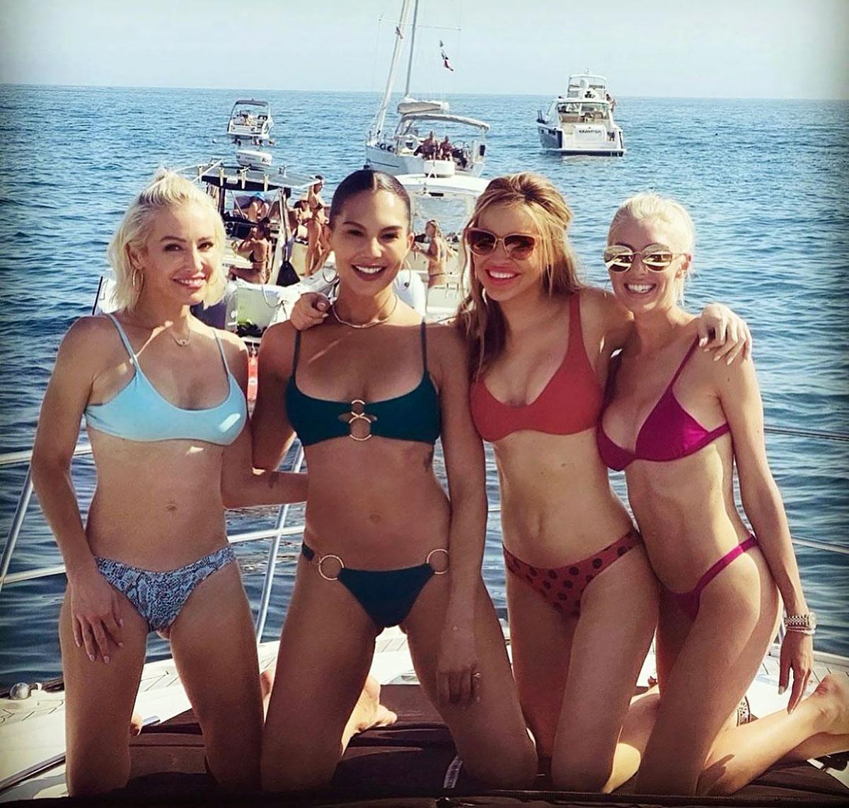 bikini beauty pic