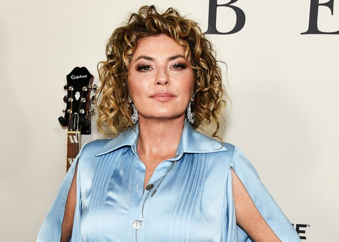 Shania Twain Says Speaking Is More Difficult After Lyme Disease Surgery