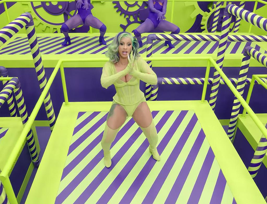 Best Fashion Moments From Cardi B S Wap Music Video Pics