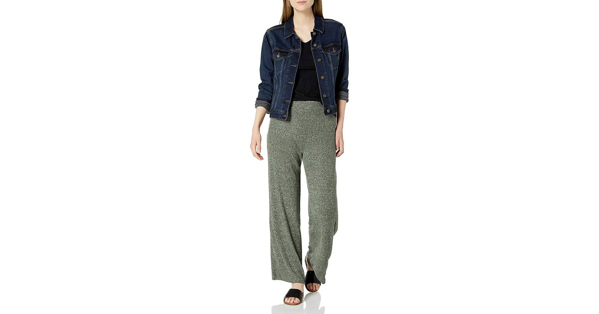 These Ribbed, Wide-Leg Lounge Pants Are Basically Elevated Sweats