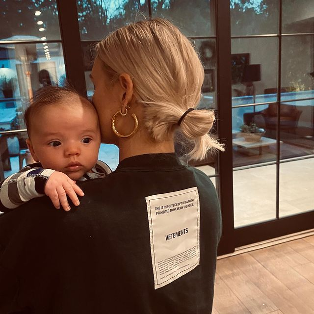 Ashlee Simpson and Evan Ross' Sweetest Family Moments December 2020