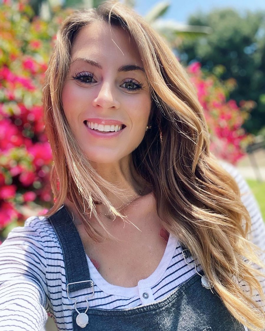 Bachelor's Tenley Molzahn Praises 'Powerful' Postpartum Body 1 Week After Giving Birth