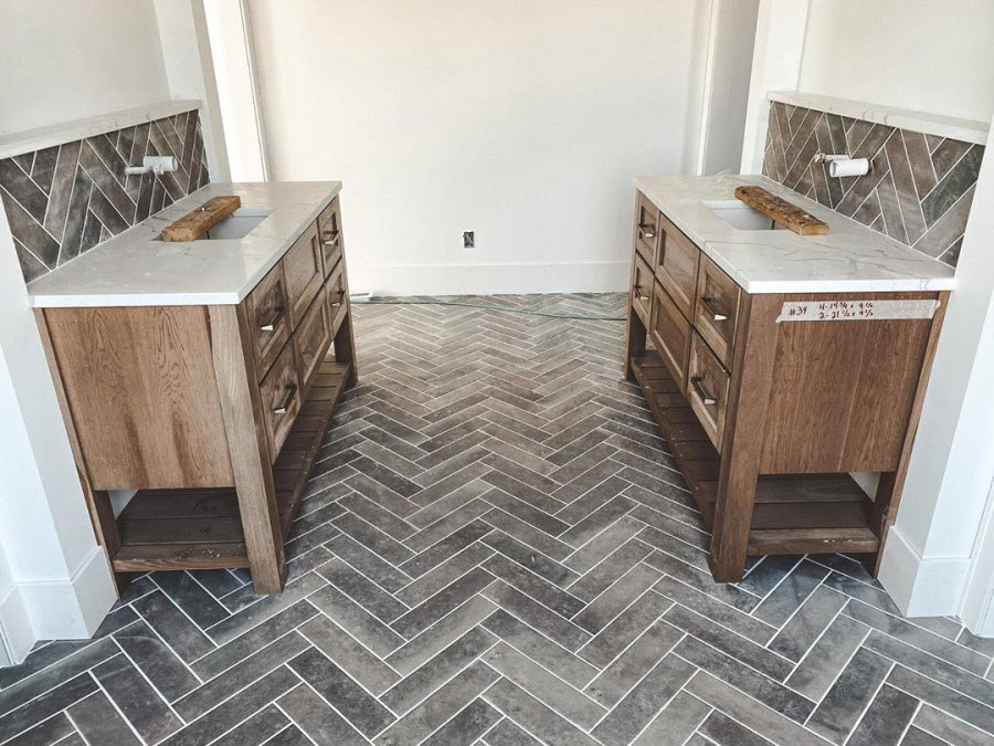 Chelsea Houska Home Build His and Hers