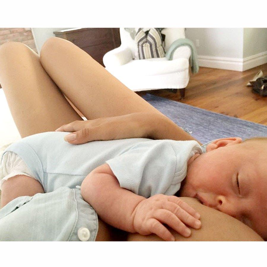 August 2015 Hilaria Baldwin Nursing Pics While Raising 5 Kids Breast-Feeding Album