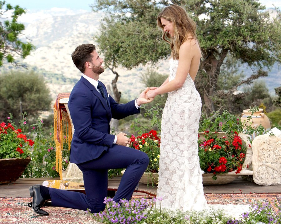 Jed Wyatt and Hannah Brown Celebrity Couples Who Cut Their Engagements Short