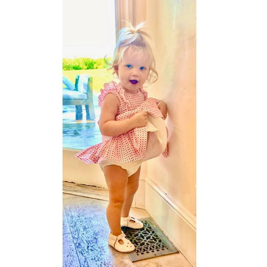 LOL! Jessica Simpson's Daughter Birdie Has 'a Marilyn Moment'