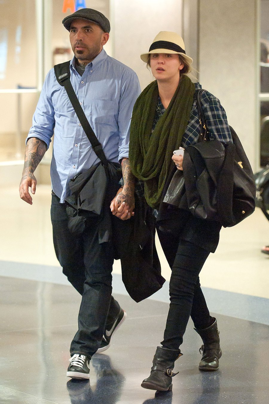 Kaley Cuoco and Josh Resnik Celebrity Couples Who Cut Their Engagements Short