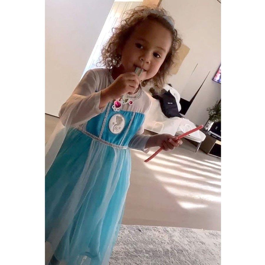 Sweet Tooth Chrissy Teigen Daughter Luna Princess Dresses