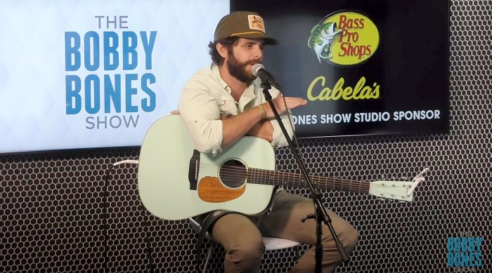 Thomas Rhett I Was Bit Jerky Before Going Therapy With Lauren Akins