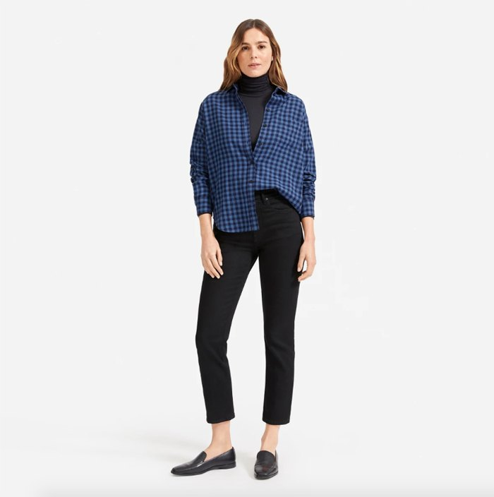 everlane-sale-cotton-shirt