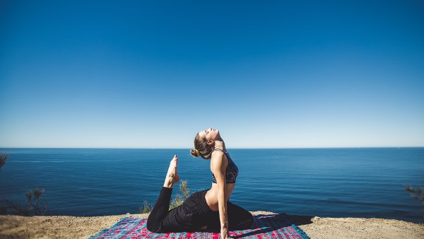 noom-weight-loss-yoga
