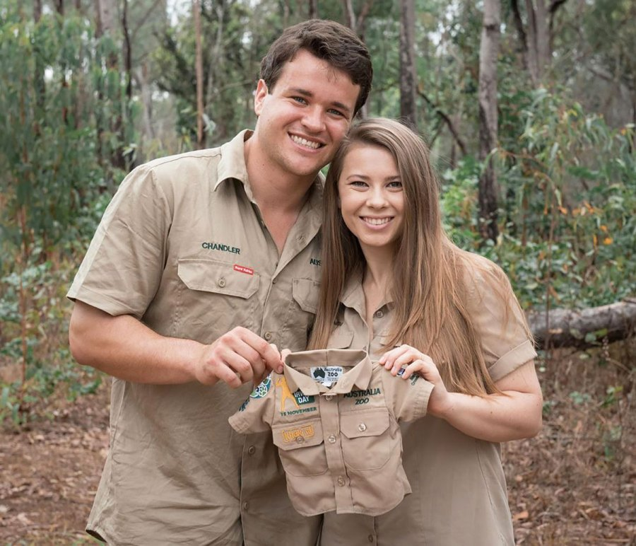 Pregnant Bindi Irwin Shows Baby Bump Pics Ahead of Her and Chandler Powell's 1st Child