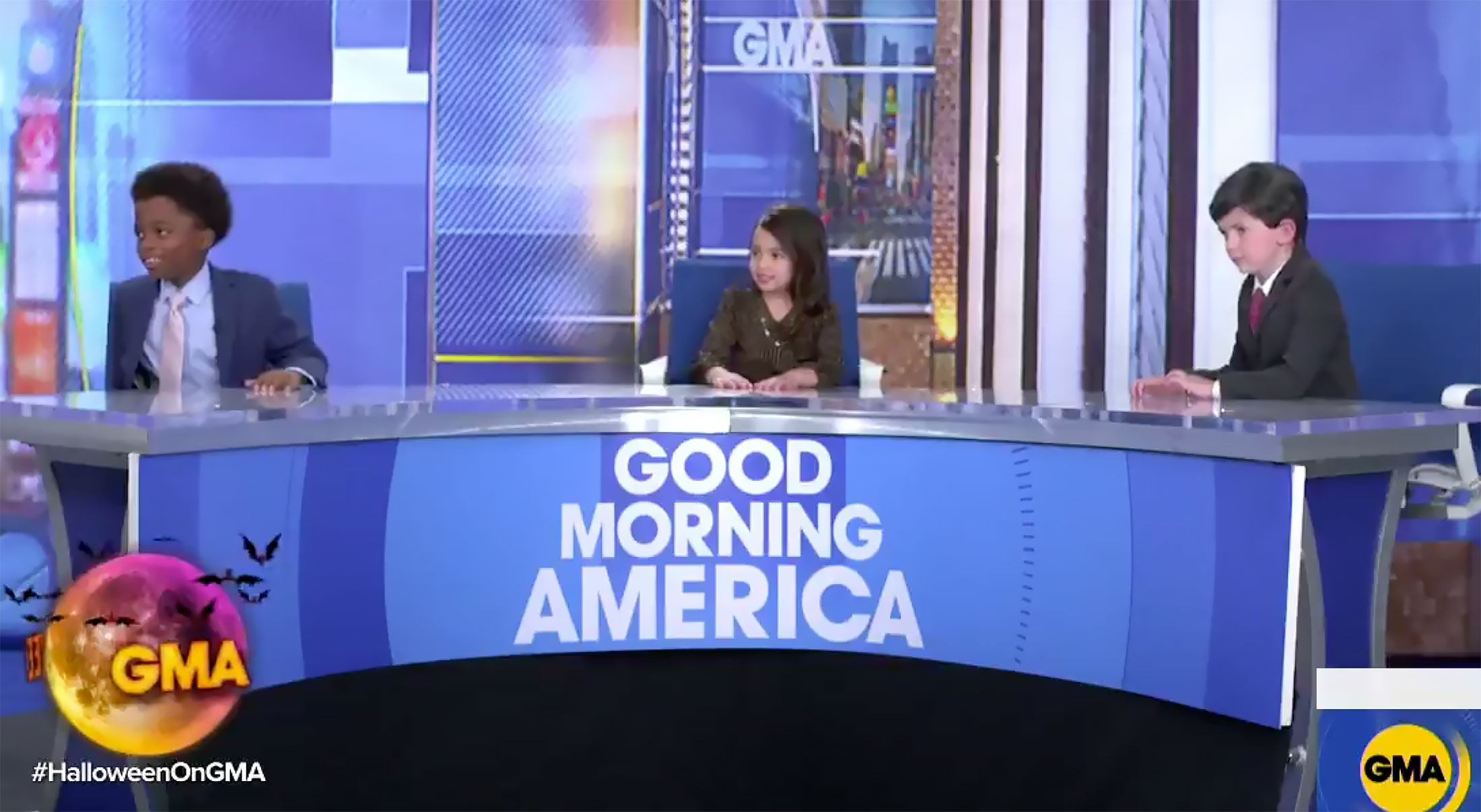 Halloween 2020 Morning Show GMA' Cohosts Replaced by Kids in Costume for Halloween 2020: Pics