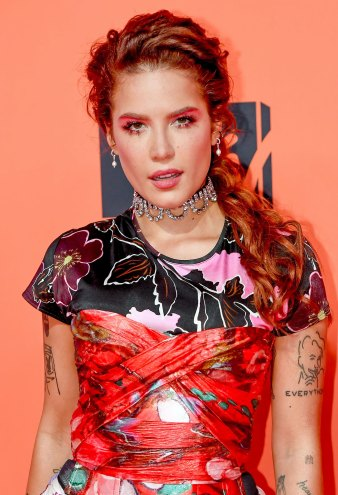 Halsey Debuts a Buzz Cut and A-Listers Are Obsessed