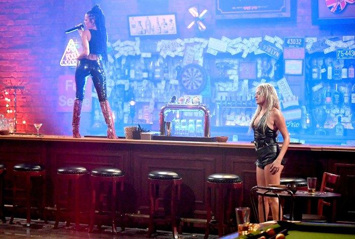 Kelsea Ballerini - CMT Music Awards 2020 • CelebMafia