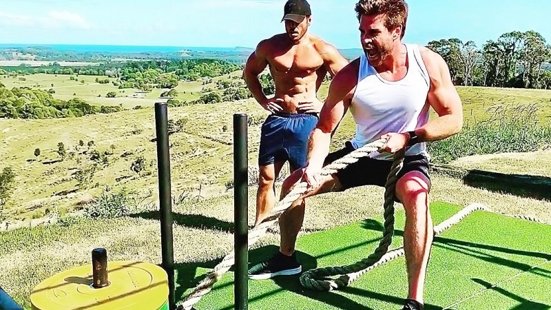 Staying Fit! Liam Hemsworth Shows Off Toned Muscles During Workout