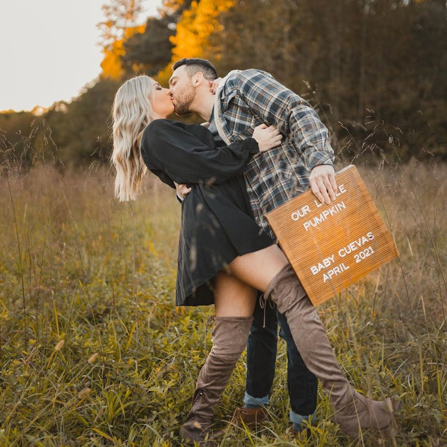 Mark Cuevas and Aubrey Rainey Love Is Blind Ultrasound Pregnant Announcement