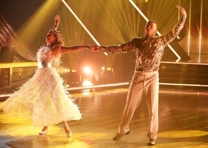 Daniella Karagach y Nelly sobre Bailando con las estrellas Nelly revela cuánto peso ha perdido bailando con las estrellas