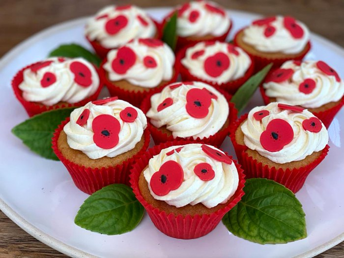 Prince William Kate Kids Bake Cupcakes Local Charity