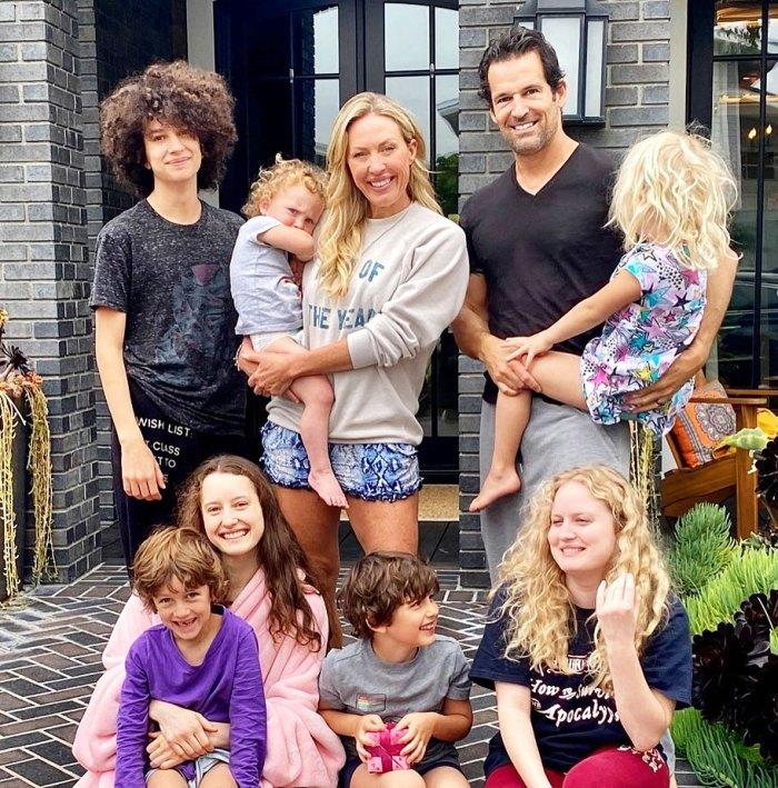 Real Housewives Of Orange County Braunwyn Windham-Burke revela que hay alguien nuevo y especial en su vida mientras toma el espacio de su esposo Sean Burke