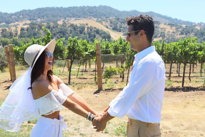 Sarah Hyland Gives an Update on Her Wedding to Wells Adams