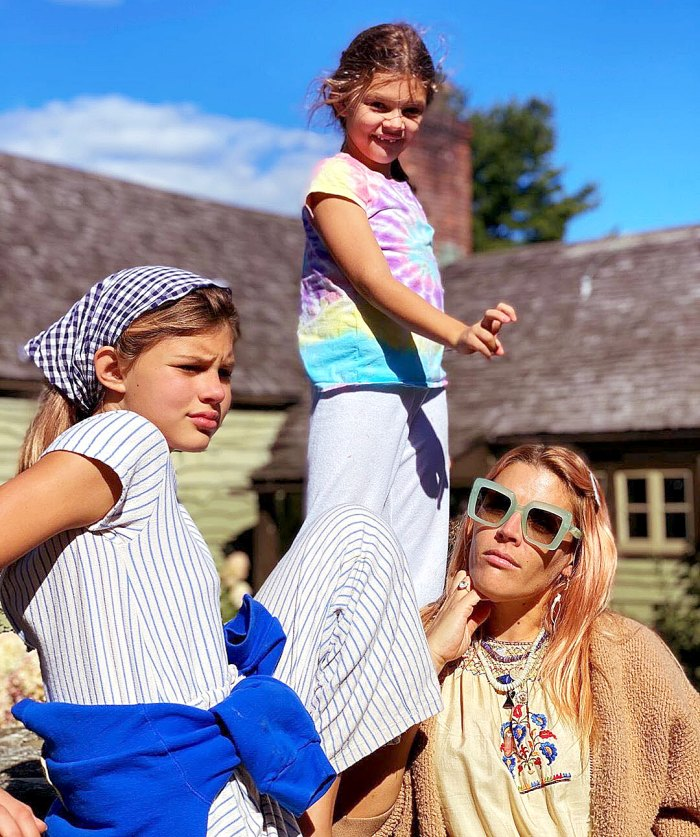 The Empowering Beauty Lessons Busy Philipps Is Teaching Her Daughters