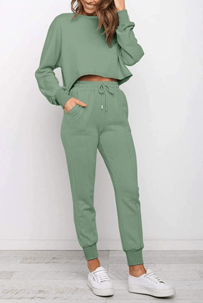 ZESICA Women's Long Sleeve Crop Top and Pants 2 Piece Jogger Set