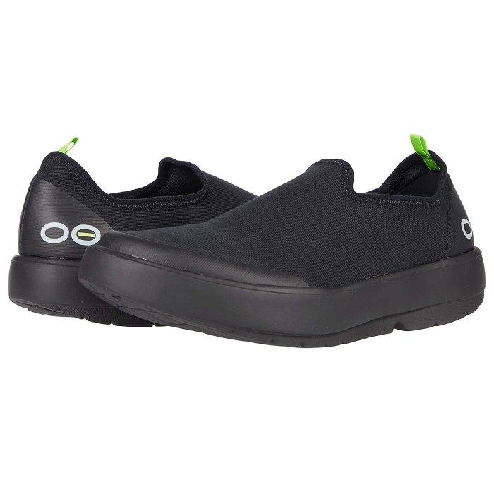 oofos-comfortable-platform-sneakers