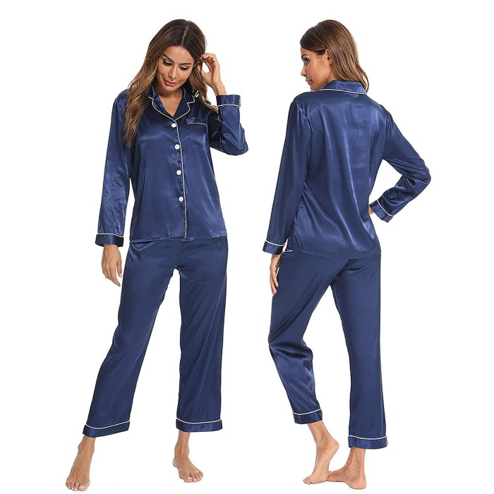 silk-pajamas-mother-in-law-gifts