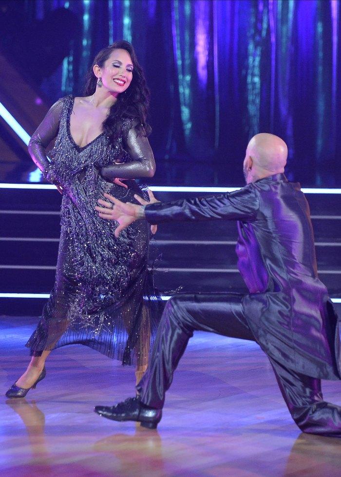 Cheryl Burke de Dancing With the Stars insinúa su jubilación: 'Es hora de colgar esos zapatos'
