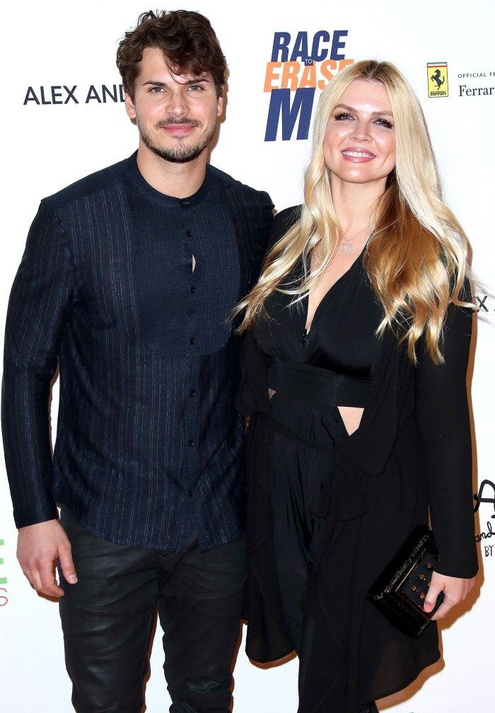 Gleb Savchenko de Dancing With the Stars niega las afirmaciones de su esposa Elena Samodanova de 'infidelidad continua'