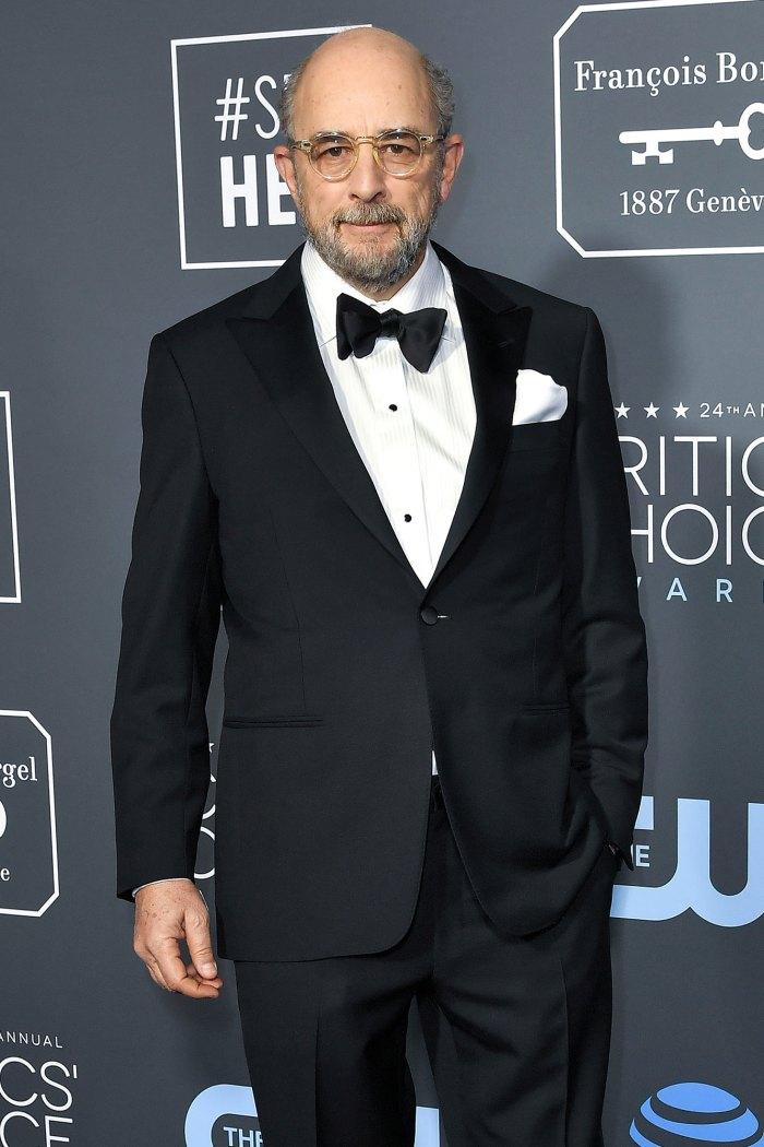 Buen doctor Richard Schiff hospitalizado después del diagnóstico de coronavirus