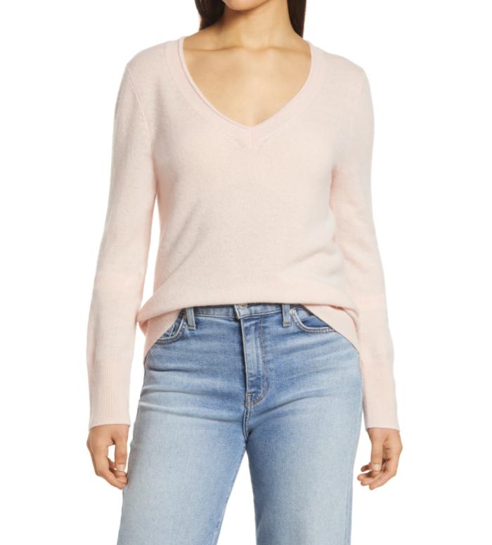 Suéter halógeno de cachemir con cuello en V