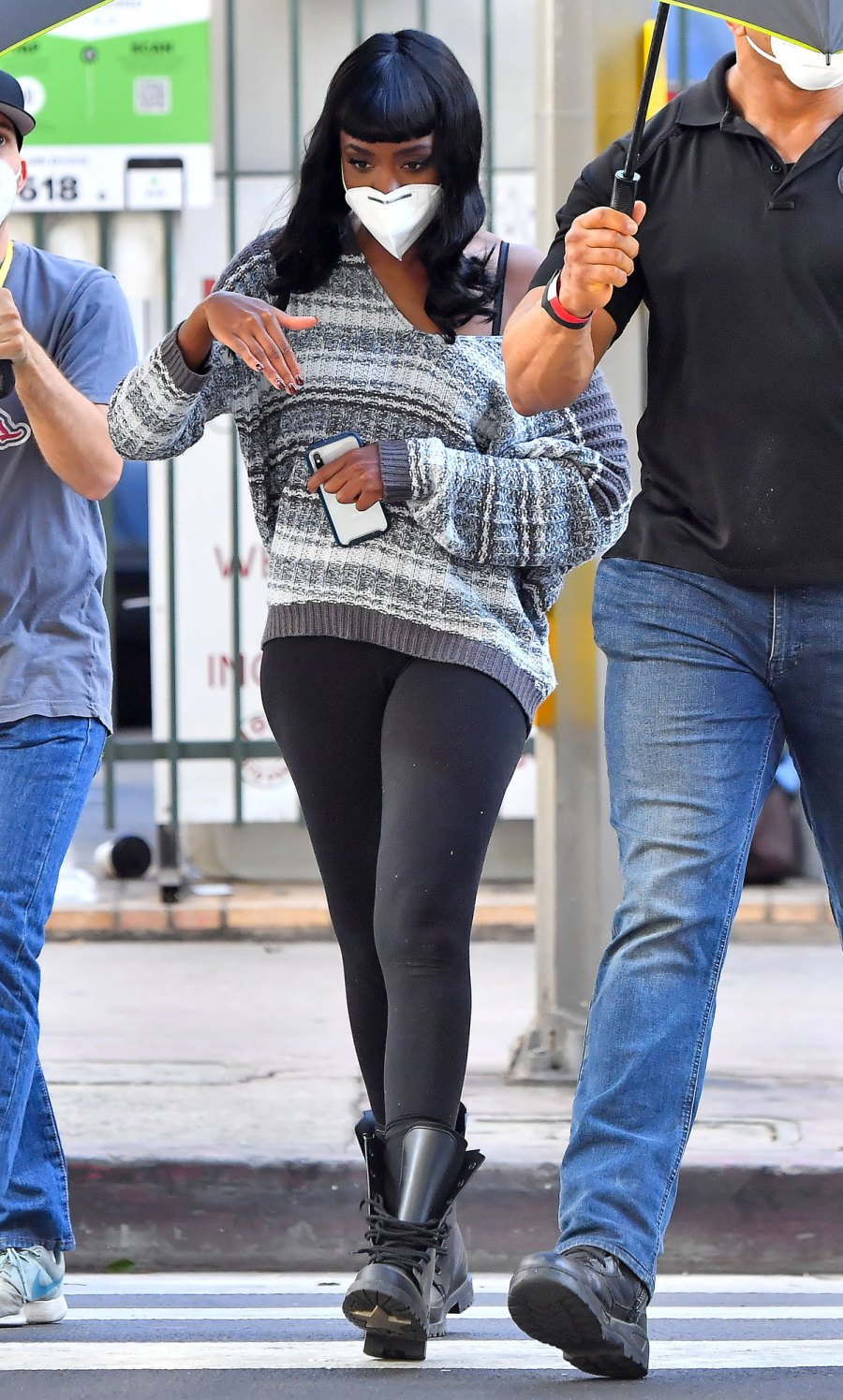 Harry Styles Movie Don't Worry Darling Halted Over Positive COVID-19 Test Kiki Layne