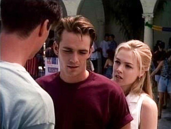 Jennie Garth Tori lucha de ortografía con Luke Death They Watch 90210