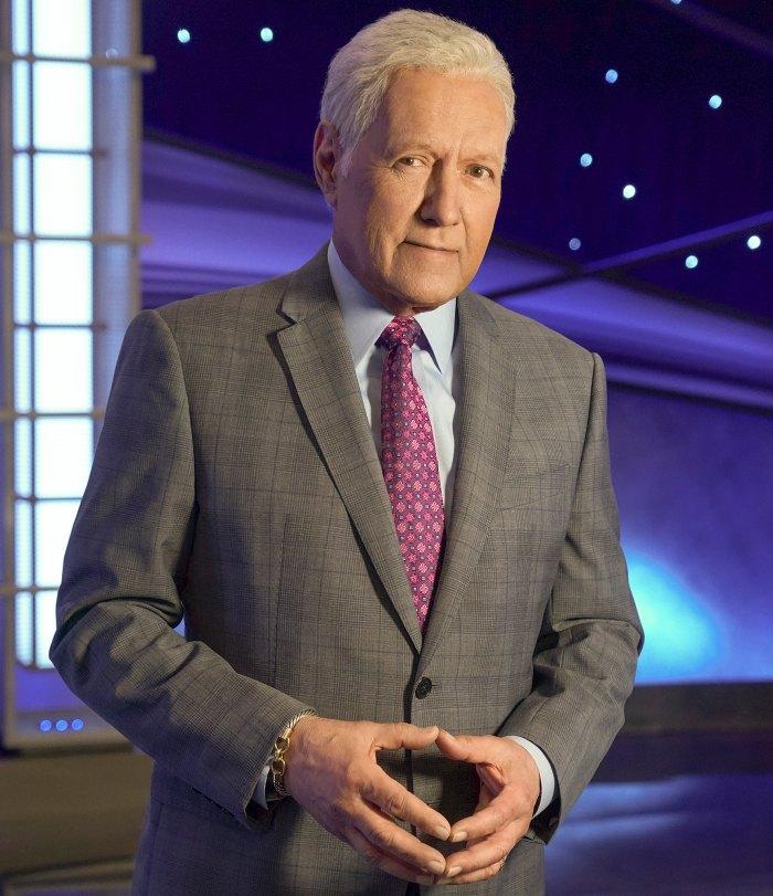 Jeopardy rinde homenaje a Alex Trebek en el primer espectáculo después de su muerte