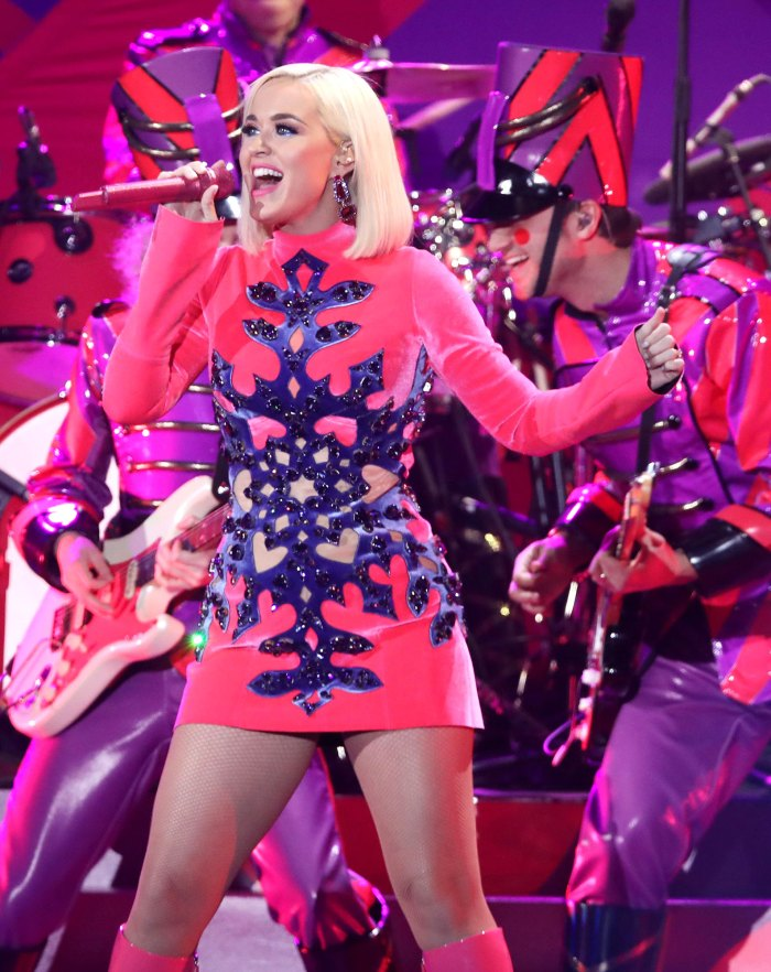 Katy Perry Performs American Music Awards 2020