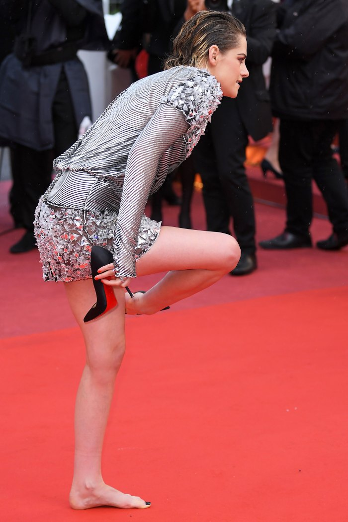 Another Day, Another Relatable Kristen Stewart Red Carpet Moment