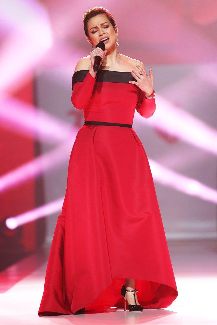 Lea Salonga performing