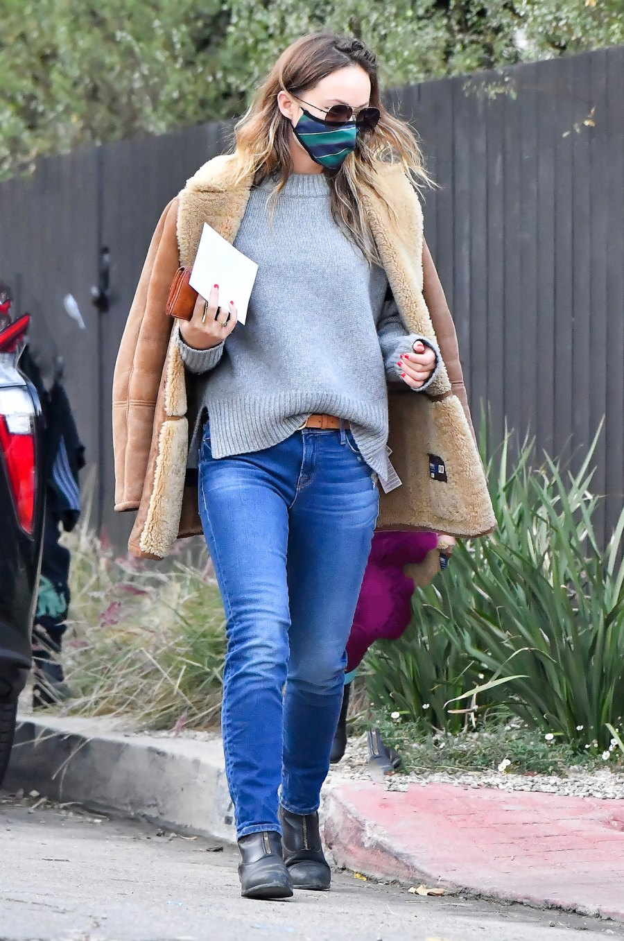 Olivia Wilde Ditches Her Engagement Ring After Split From Jason Sudeikis