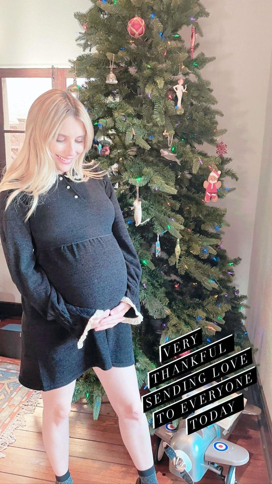Christmas Cutie! See Pregnant Emma Roberts' Baby Bump Pics