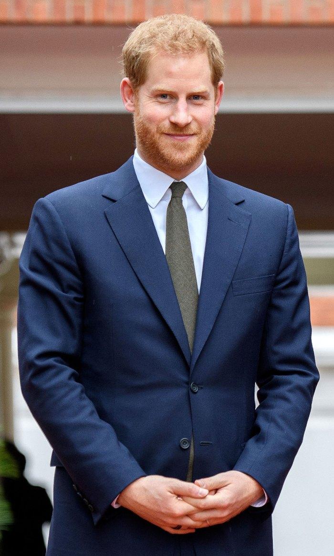 El príncipe Harry se ofrece como voluntario para la Semana del Recuerdo en Los Ángeles después del desaire al palacio