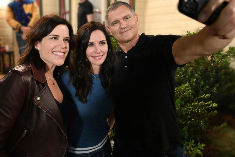 Scream 5 Neve Campbell, Courteney Cox and Kevin Williamson
