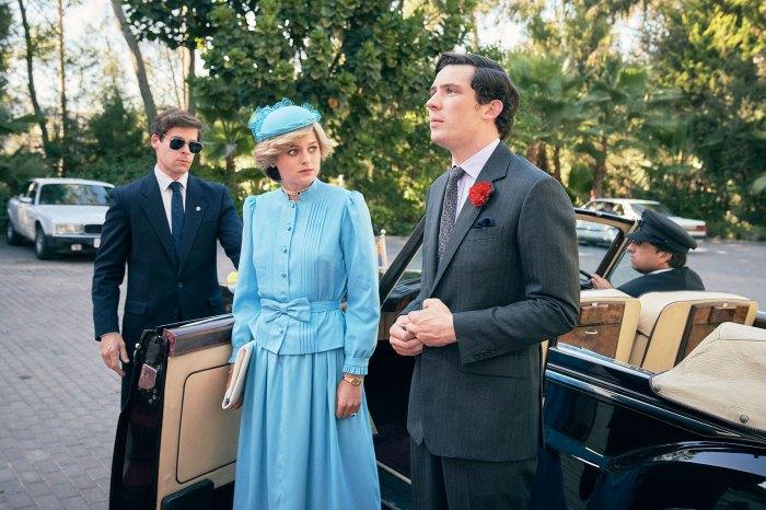 Emma Corrin como la princesa Diana y Josh OConnor como el príncipe Carlos en la temporada 4 de The Crown The Crown Emma Corrin dice que se iría si veía al príncipe William y al príncipe Harry en una fiesta