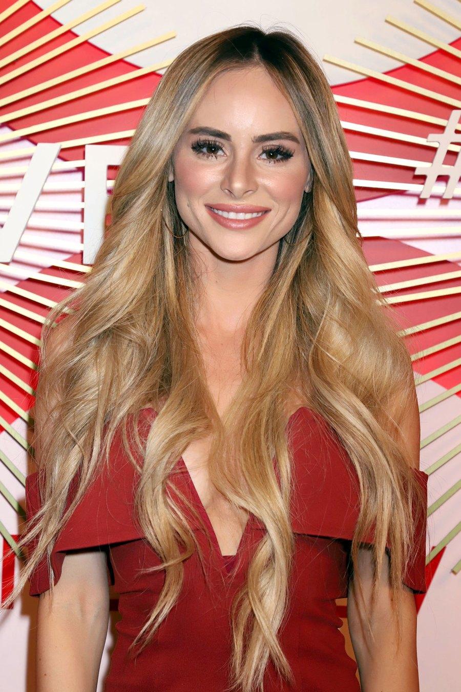 Amanda Stanton Bachelor Nation Reacts Lauren Bushnell Pregnancy News