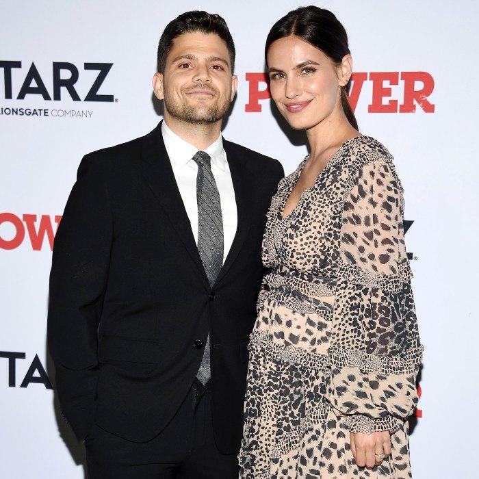 El séquito Jerry Ferra espera un segundo bebé con su esposa embarazada Breanne Racano