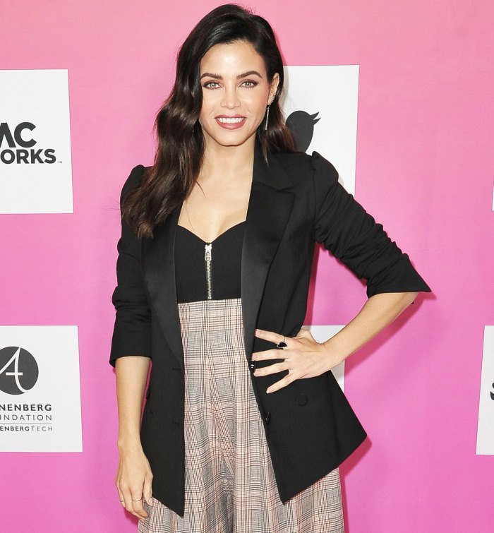 Jenna Dewan Has Reached Handstand Competition Portion of Quarantine With Daughter Everly